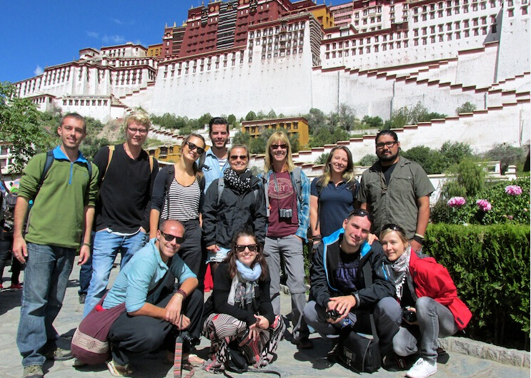 Differences of Tibet Private tour & Tibet Group Tour