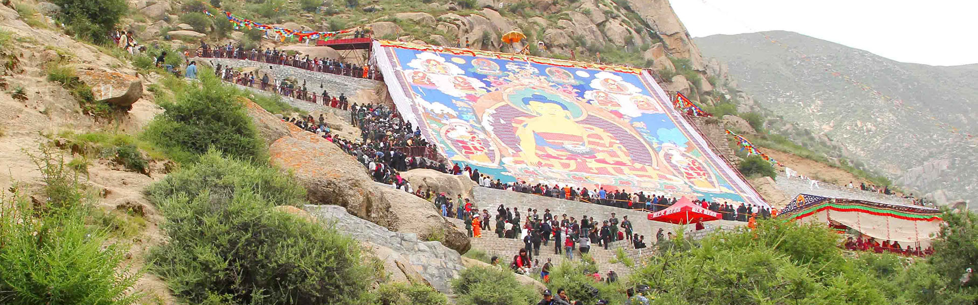 Take a Tibet tour during Tibetan festival time