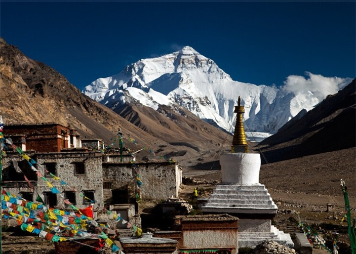 Rongbuk Monastery & Mt.Everest