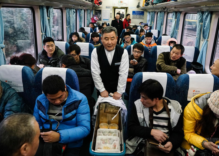Packed food on Tibet Train